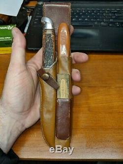 1950s BEAR Archery Running BEAR BOWHUNTER KNIFE AND FILE SET ORIGINAL