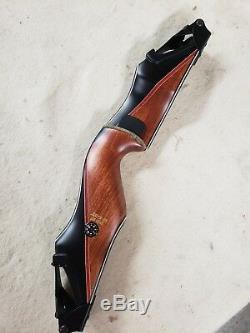 Bear Archery Kodiak Takedown A Riser Right Hand Phenolic/Bubinga