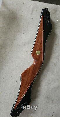 Bear Archery Kodiak Takedown B Riser RH Phenolic/Bubinga