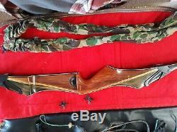 Bear Archery RH Takedown Recurve Bow (Take down recurve)