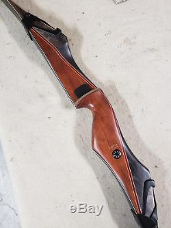 Bear Archery Takedown bow B Riser LH Black MaplBubinga Demo