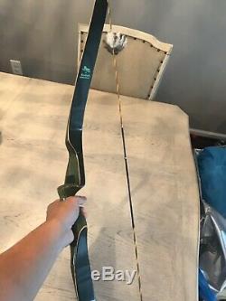 Bear Kodiak Magnum Recurve Bow Rt Hand 45 Lbs