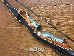 Black Caribou 60 inch RH 45 pound Recurve