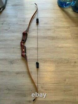 Black Widow Recurve bow 64in and 50#@28 in draw