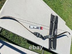 HOYT SATORI 17 WITH 45lb Medium tradtech 2.0 carbon/wood limbs