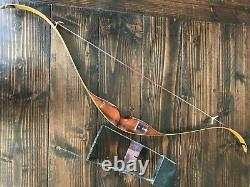Herter's Recurve Bow, 45 LBS Draw, 52 Length, Attachable Metal Quiver