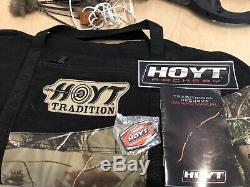 Hoyt Buffalo Traditional Recurve Bow RH 50LB 62
