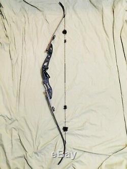 Mint Hoyt BlackOut Excel 21 Riser Right Recurve Bow TradTech 55 Lb ILF Limbs