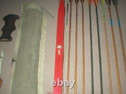 Real Nice Vintage Bear Bearcat Recurve Bow 45# RH with Quivers arrows +