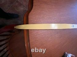 Vintage Bear Cub Recurve bow Fred Bear 62 35# Draw natural wood/green/yellow