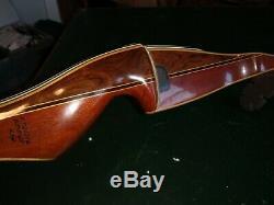 Vintage Bear Kodiak Hunter RH recurve bow Canada 1953