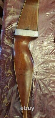 Vintage Ben pearson Signature recurve bow two pieces takedown + case