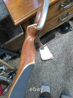 Vintage Fred Bear Kodiak Hunter Recurve Bow 60 50# Right -Hanb Raise button