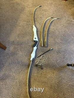 Vintage HOYT Archery PRO MEDALIST target TAKEDOWN Recurve Bow 2 Sets of limbs